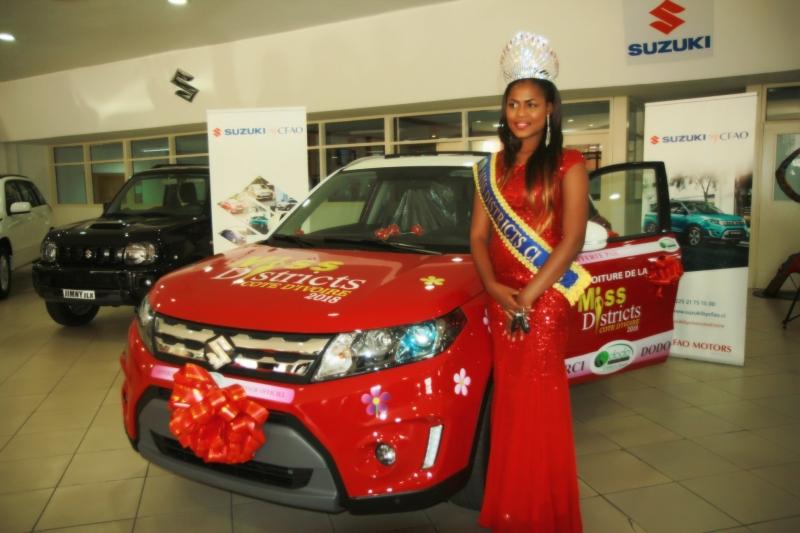 Miss Districts Côte d'Ivoire gagne une Suzuki